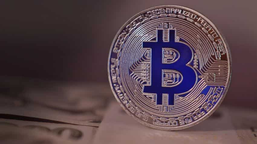 Facebook may soon bring it's own cryptocurrency; Bitcoin hovers near $9,000-mark