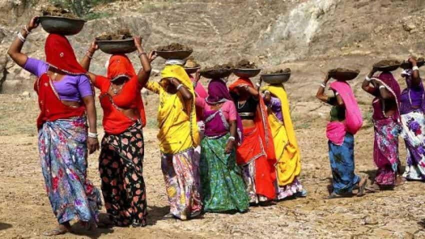 Delayed payments under MNREGA decline to 6-yr low: SBI report