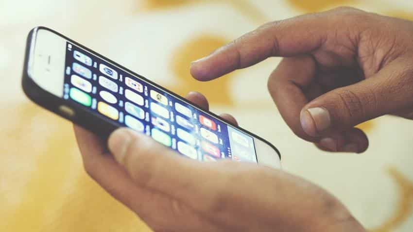 India smartphone shipment grows 11% in Q1 to 30 mn units: IDC