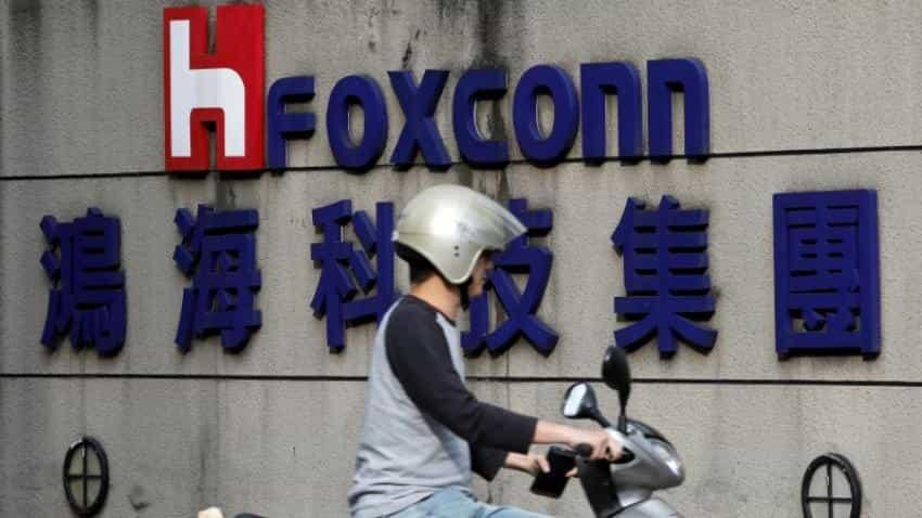 Foxconn unit luring cornerstone investors for Shanghai IPO
