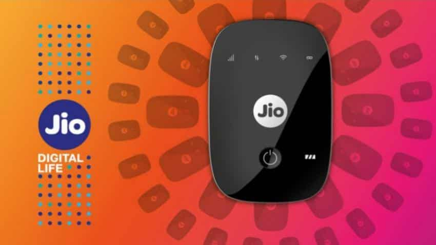 Reliance Retail`s JioFi dominates data card market: Report