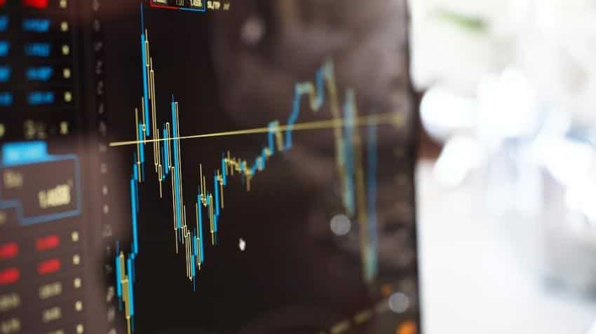 FAST MONEY: Looking for intraday trading tips? Track these five stocks