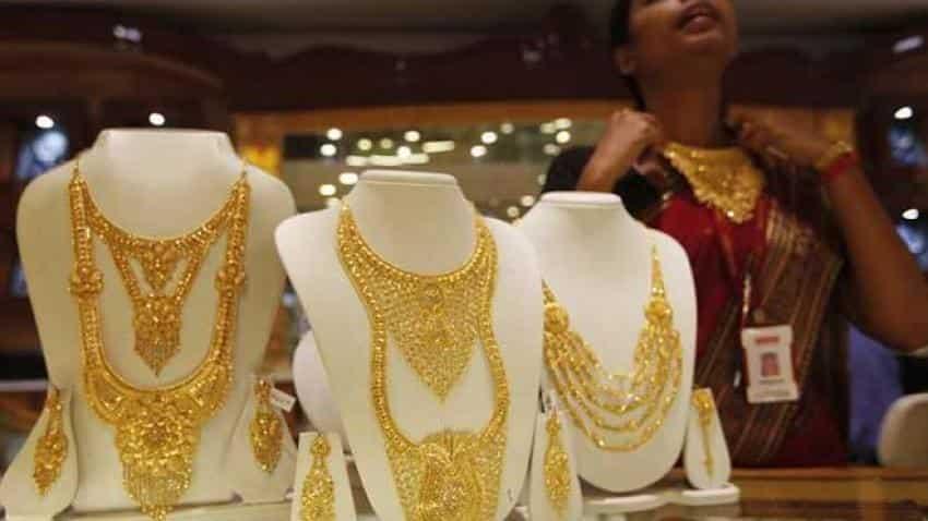Golds price dips below Rs 32,000 on global cues, silver cracks 41,000-mark