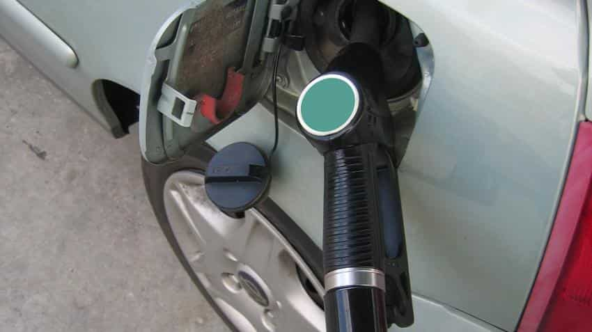 Petrol price in India down 15p today; New Delhi rate comes below Rs 78, Mumbai stays over Rs 85, check rates in other cities