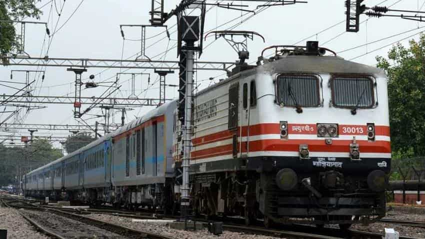 Railway recruitment 2018: 14  jobs on offer at  South Central Railway  for Group C & D posts