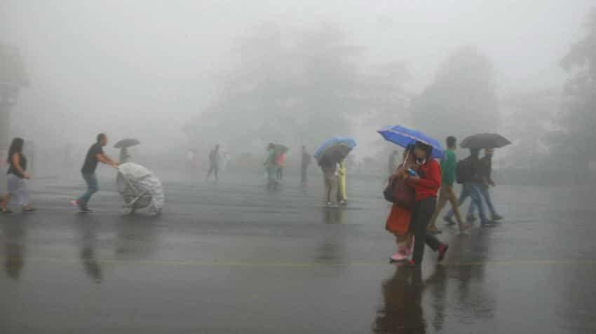Flights affected after pre-monsoon rains hit Mumbai