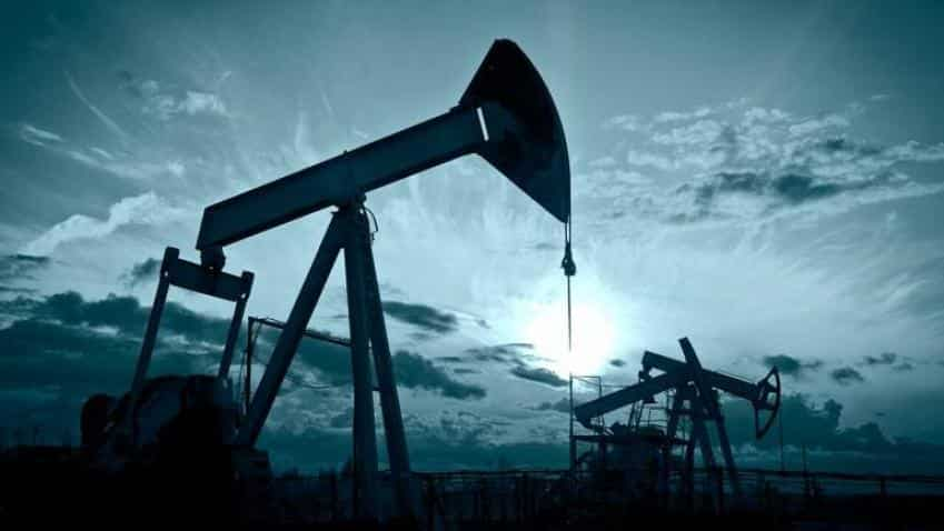 Brent crude prices rise 1% amid Venezuela oil export concerns