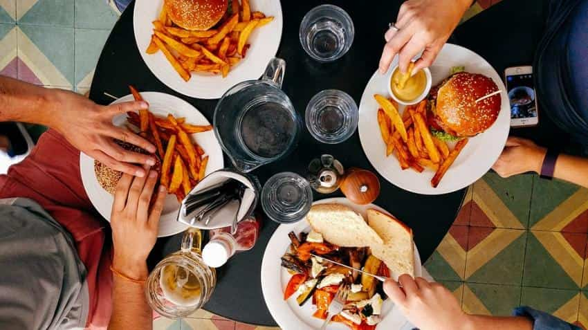Workplace foods may lead to unhealthy eating: Study