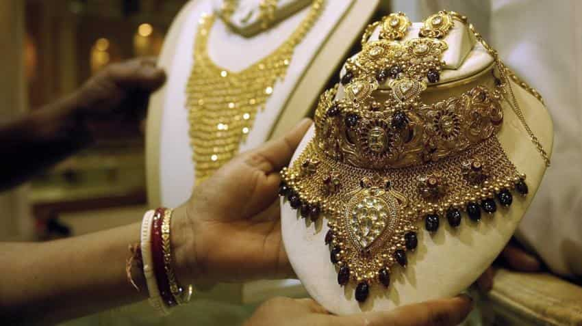 Gold prices rally above Rs 32,000 on firm global cues, silver regains Rs 42,000