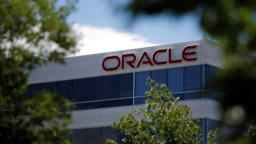 Oracle losing out Cloud market to Microsoft, Amazon