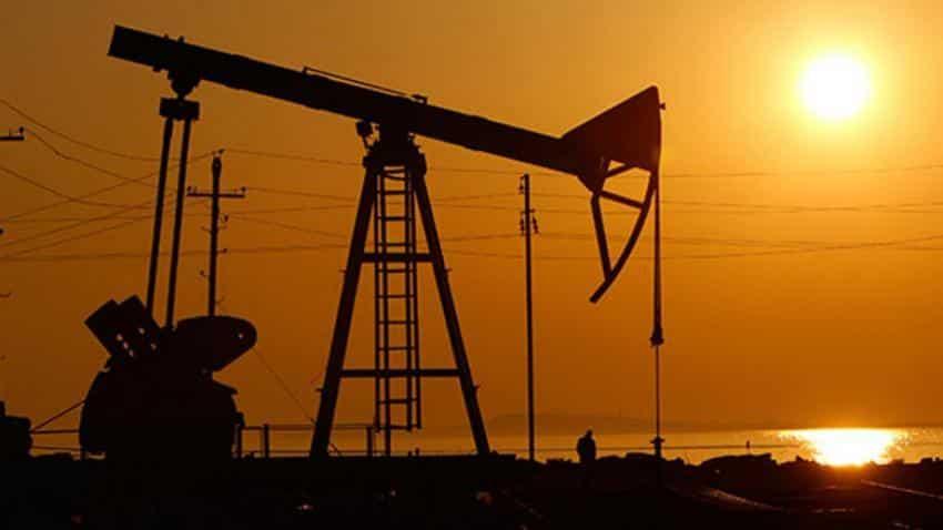 Oil up on U.S. stocks, Libya ahead of OPEC meeting
