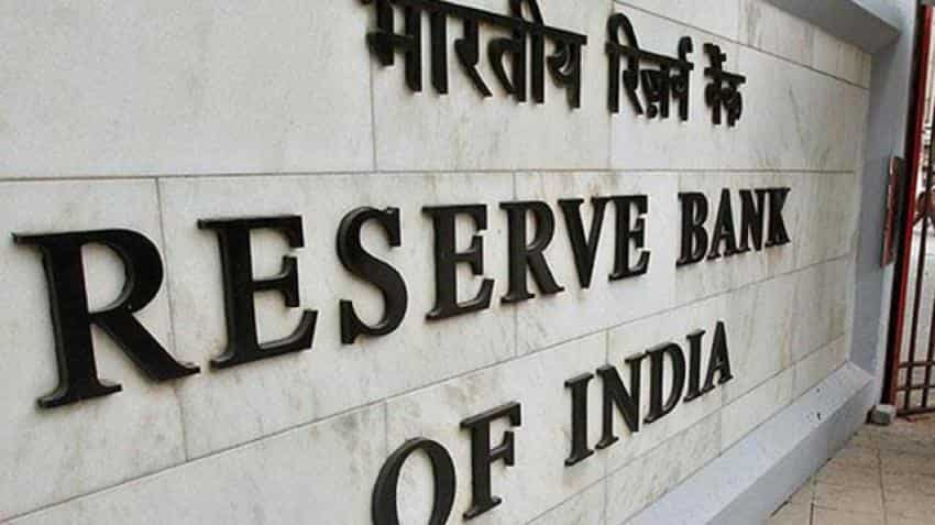 RBI rate panel strikes balanced tone, awaits clarity for further move: Minutes