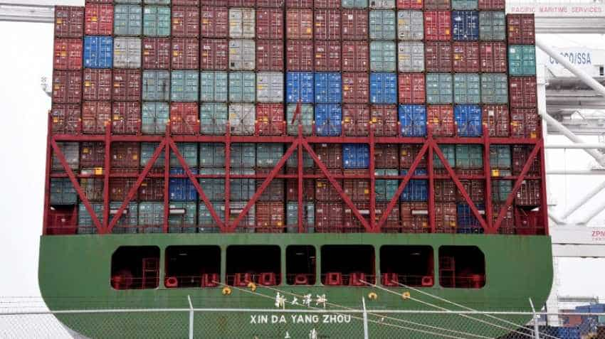 Chinese imports to US ports start peaking early amid tariff threat