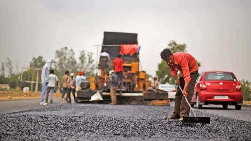 Many projects under hybrid annuity model stuck; Nitin Gadkari wants banks to step up