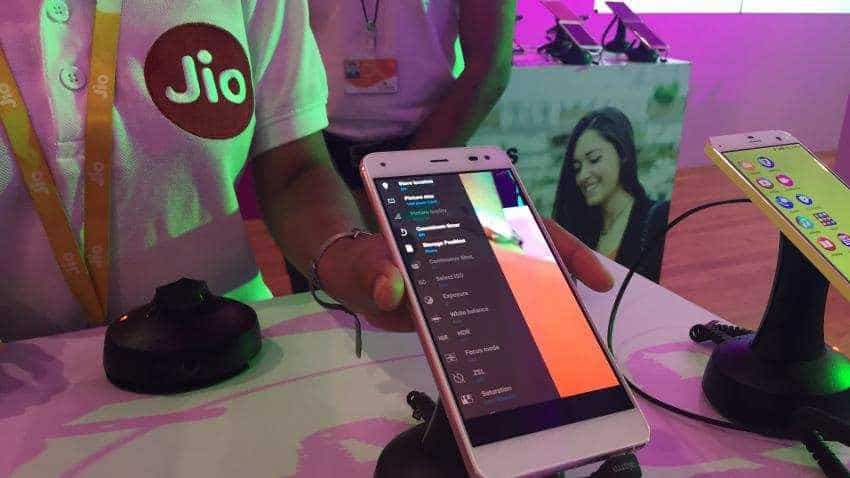 Three prepaid recharge plans Reliance Jio offers to JioPhone users; Check them out