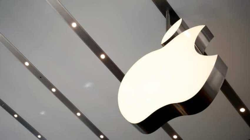 Apple becomes world's first company with $1 tn stock market valuation