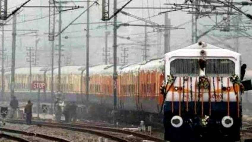 Travelling by Indian Railways train? Beware of the food in these stations