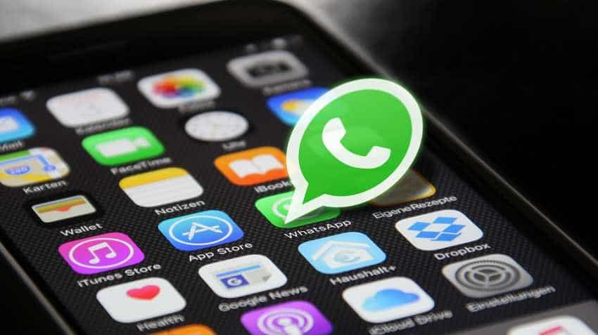 WhatsApp rolls out  'Forwarded' tag, forward limit for messages for its iOS users