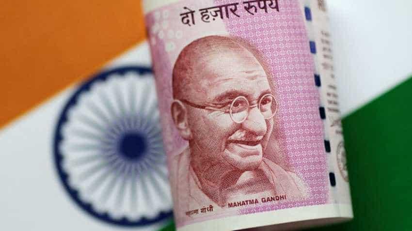 Indian rupee plummets to historic low of 70.09 on Turkish lira collapse