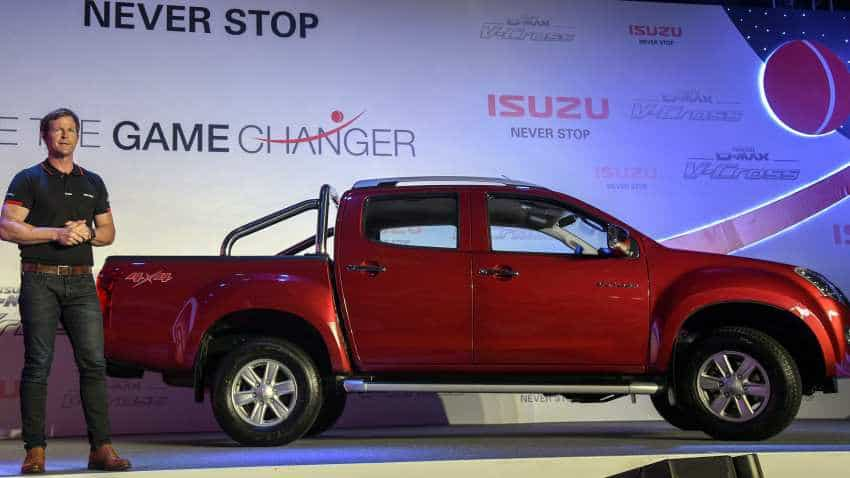 Isuzu names Jonty Rhodes as brand ambassador for its adventure AUV, V cross vehicles