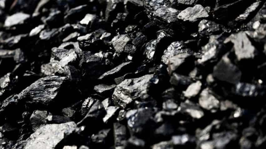 India bans petcoke import for use as fuel