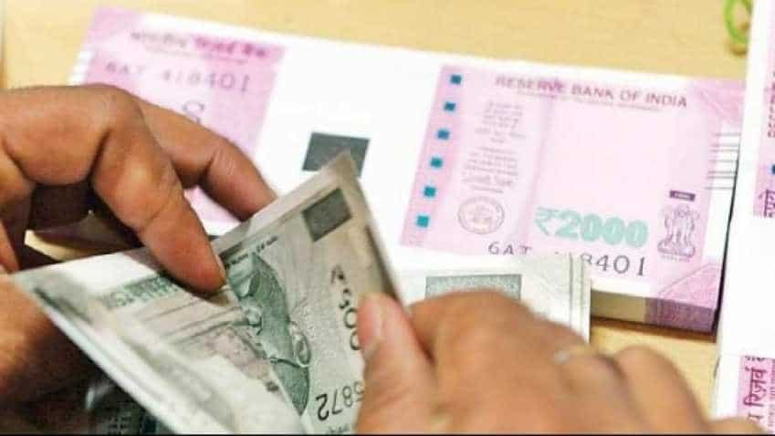 Indian rupee plunges 27p, hits 70-mark again against US dollar