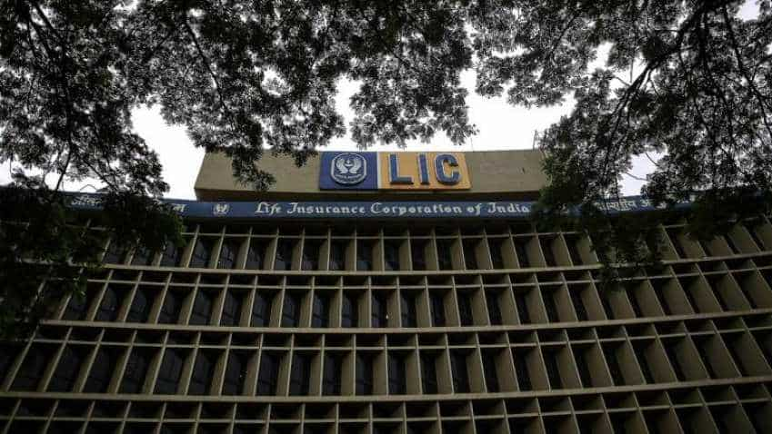 LIC to buy out IDBI minority shareholders, take control
