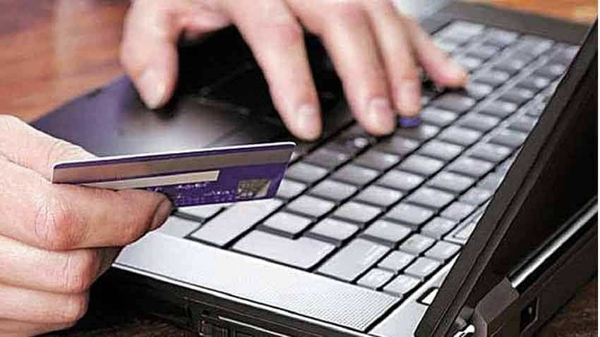 Online shoppers, your hard-earned money may be at risk! Avoid doing these