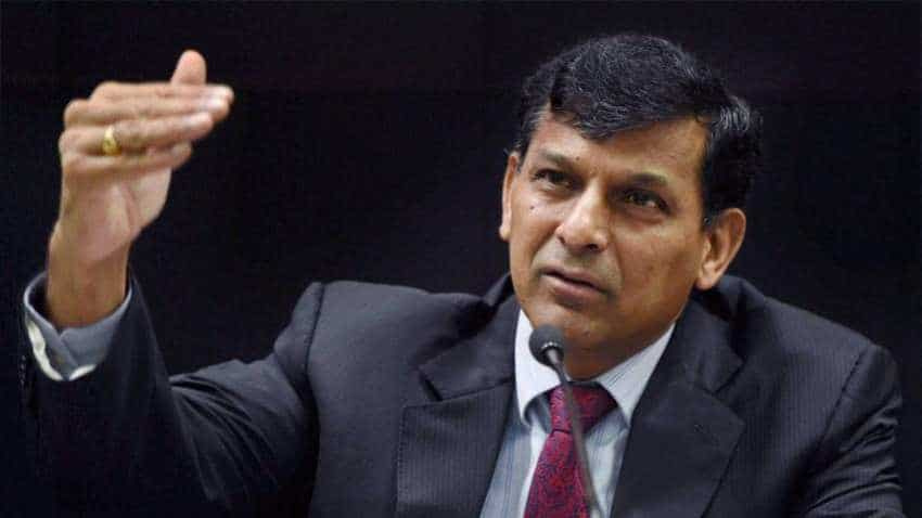 Indian Rupee not to go in for free fall, says Raghuram Rajan