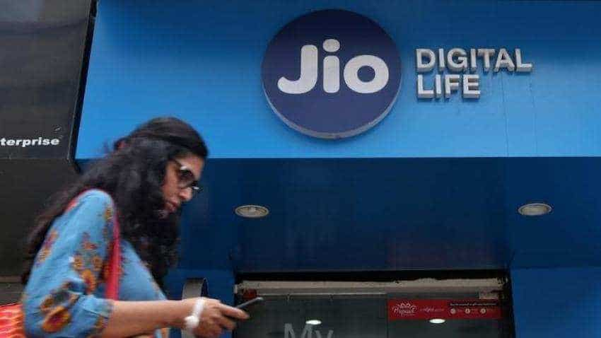 Reliance Jio celebrates 2nd anniversary; gives Rs 100 discount on highest selling plan
