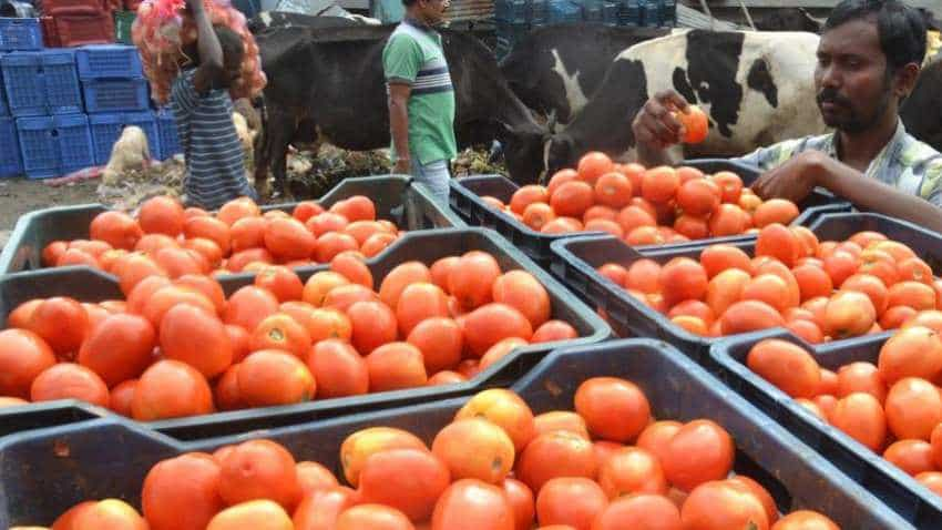 India's retail inflation eases at 3.69% in August 2018; lower food price gives relief