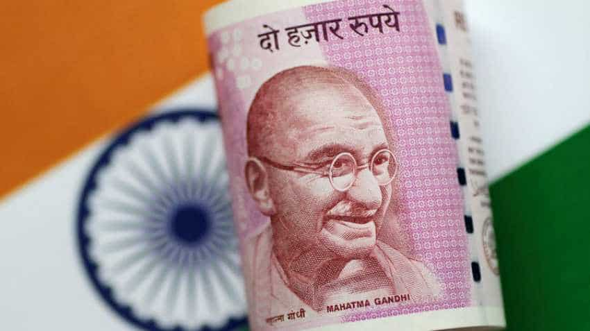 Surprise! Rupee strengthens again today, rises to 71.68 against US dollar in opening trade