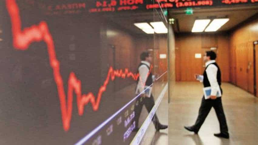 Rs 1 lakh cr of investor wealth destroyed by stock market crash today