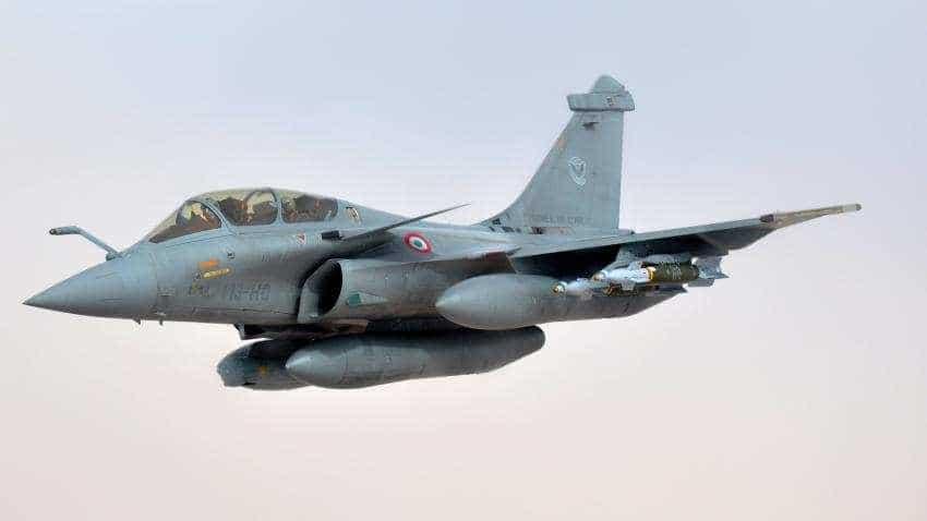 Rafale Deal:  On former French President Hollande's claim against Indian Govt, Reliance; Dassault, France respond - 10 points