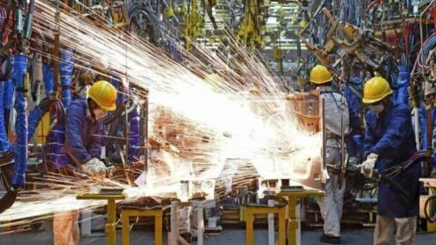 Track salary in different sectors of India; IT, manufacturing rule the roost