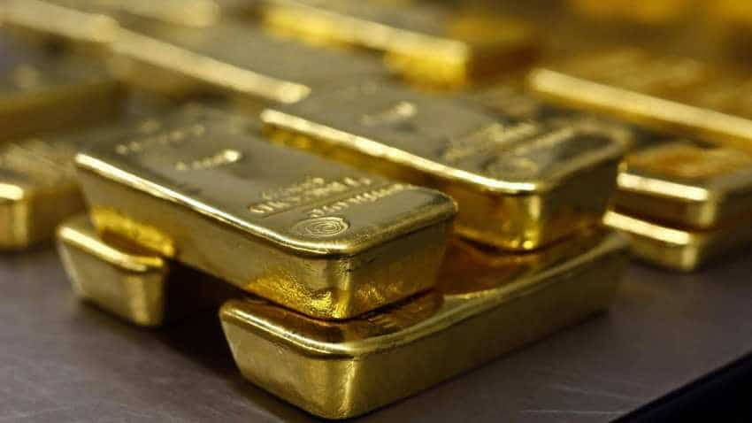 Gold little changed US non-farm payroll data in focus
