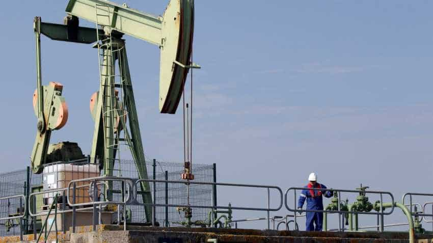 Oil prices rise ahead of November US sanctions against Iran crude exports