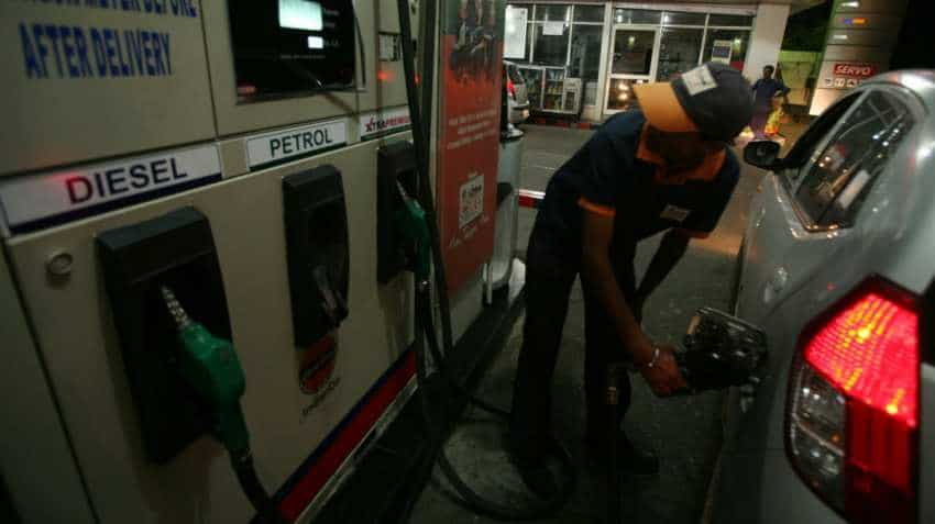 Bihar government cuts petrol price by Rs 2.52/litre, diesel by Rs 2.55
