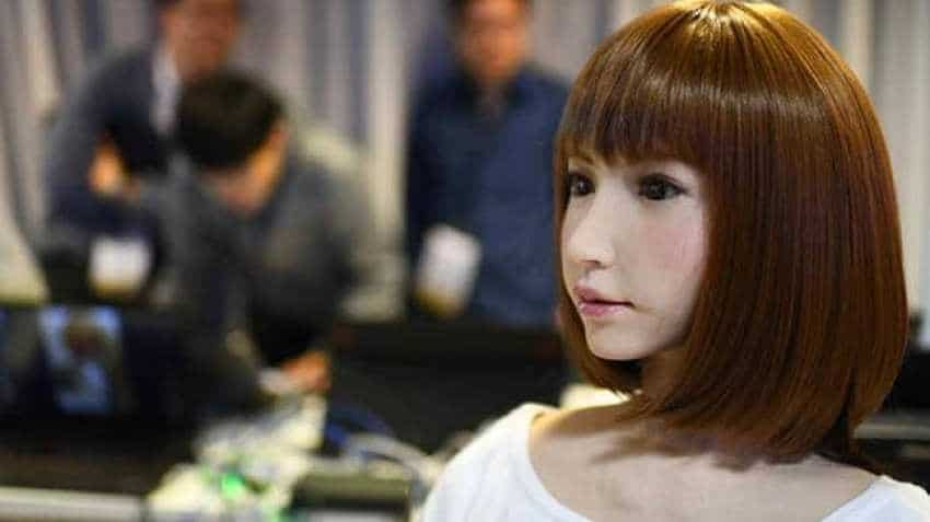This human-like robot spark fascination and fear