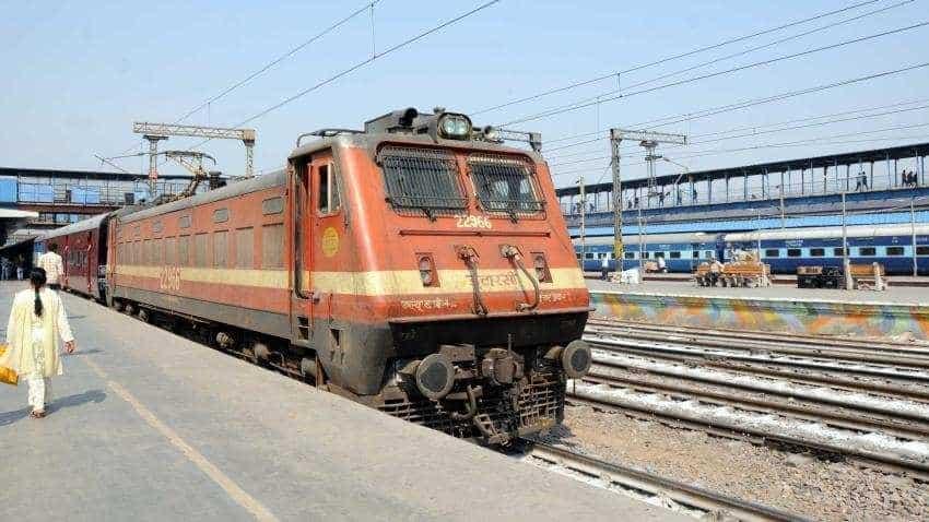 Train unreserved ticket booking online: Indian Railways hi-tech plan, get tickets in one minute, soon!