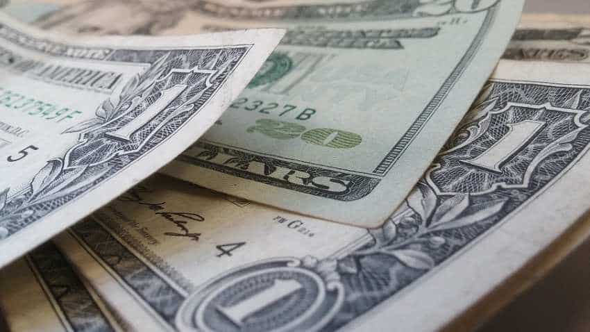 Are you planning to travel abroad or send money overseas? Here are top 5 currency exchange tips