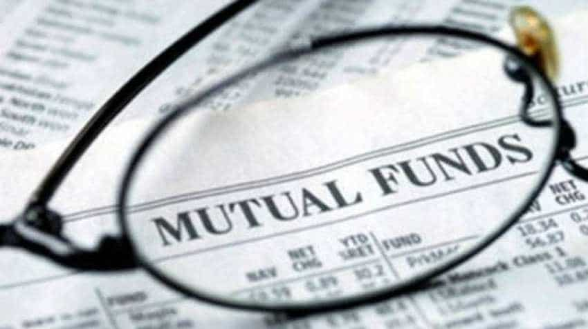 MFs pump Rs 11,000-cr in equities last fortnight; FPIs bearish stance continues