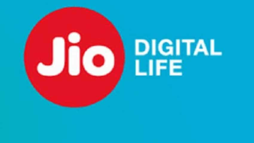 Reliance Jio Diwali 100% Cashback Offer: You can get effectively 'free' 1.5 GB/day 4G data for a year; Here's how