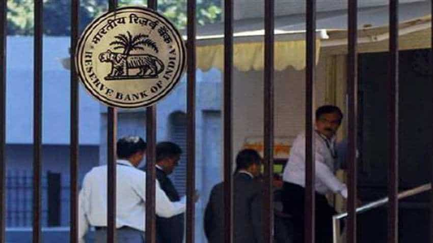 RBI, Govt to face liquidity crunch as commercial papers worth Rs 1.52L crore are set to mature