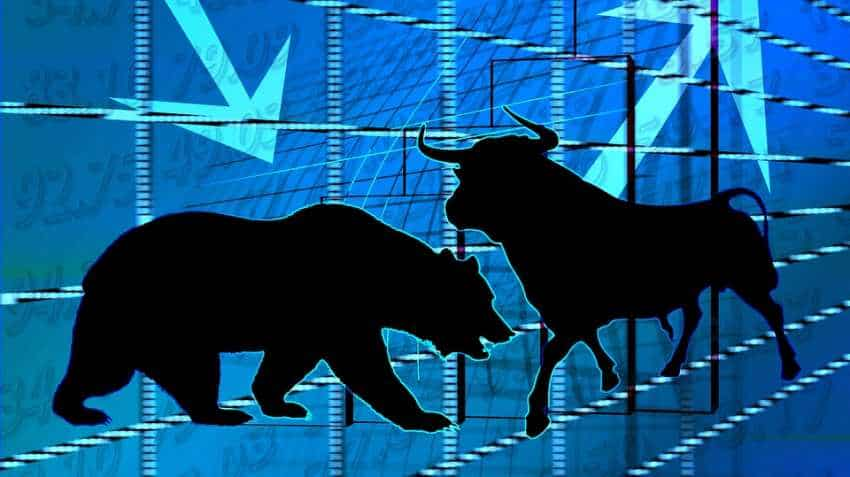 Live Markets: Sensex drops by 60 pts, Nifty reaches at 10,528.20; SBI soars over 5%