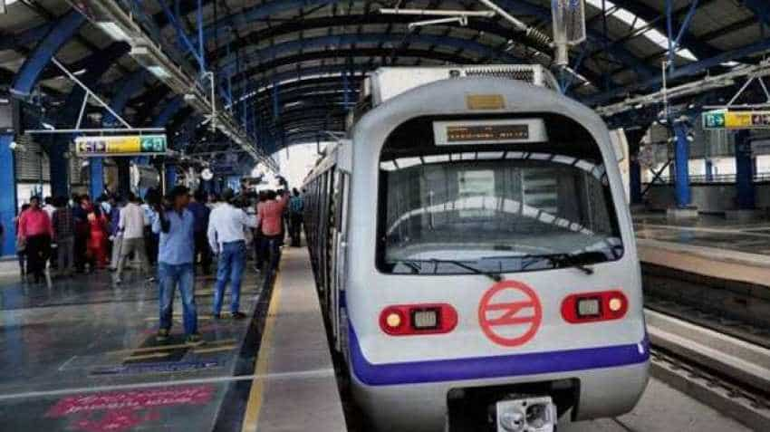 Delhi Metro Diwali Service: first train timing, last train time Airport Express helpline number 155370 Delhi traffic police helpline 25844444