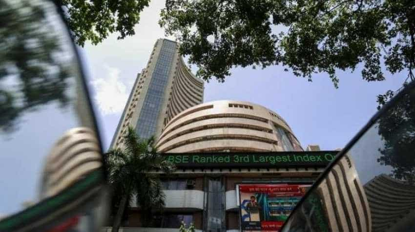 Sensex, Nifty erase early losses; IT stocks sustain pressure
