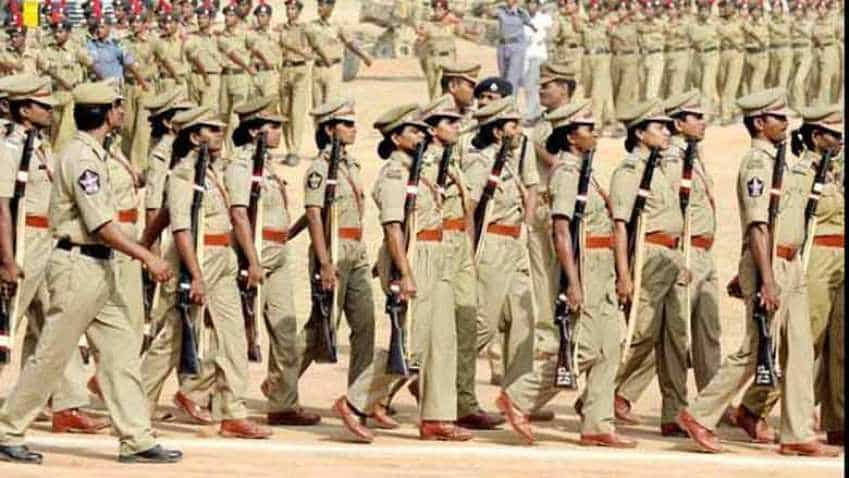 UP Police Recruitment 2018: Apply for 49,568 Constable posts on uppbpb.gov.in; Check other details