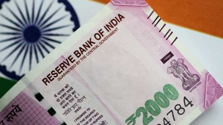 What triggered rupee fall? Speculation did it, says SBI report