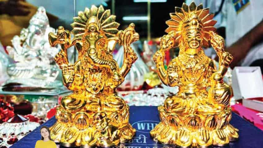 Govt permits export of gold idols with certain conditions